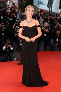 Scarlett Johansson : La star victime d'un accident de voiture