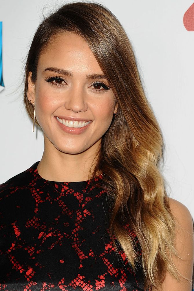 Jessica Alba ditches her ombre hair for a new blonde hue