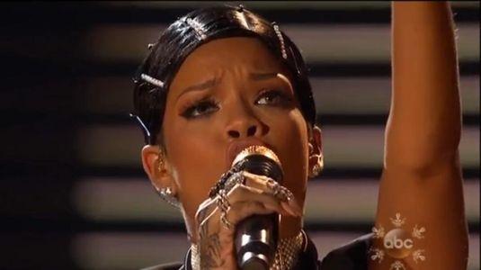 Le Doobie Wrap de Rihanna entraîne les réactions