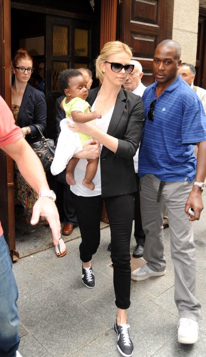 Charlize Theron & Sohn Jackson