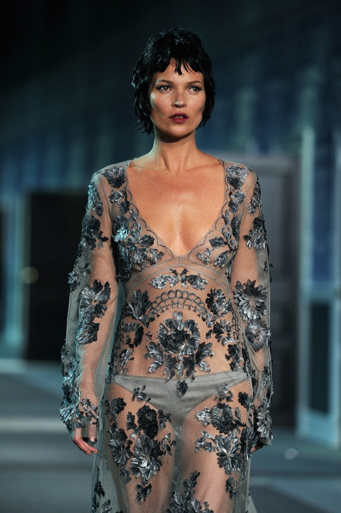 Kate Moss au défilé Louis Vuitton