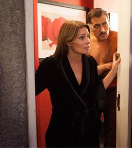 Coronation Street 16/12 – Peter and Carla return from their honeymoon