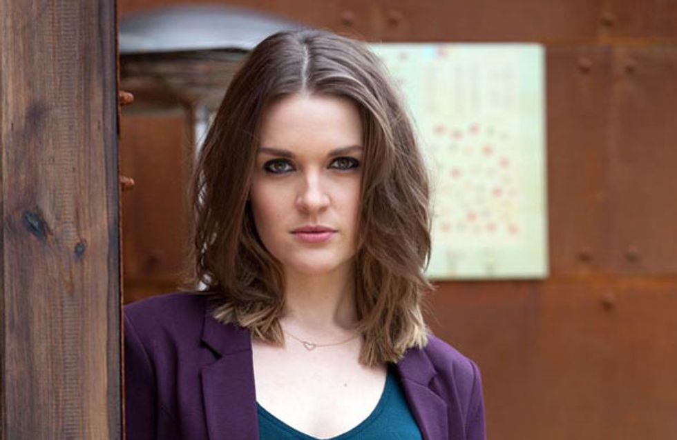 Hollyoaks 16/12 – Sienna is on the loose