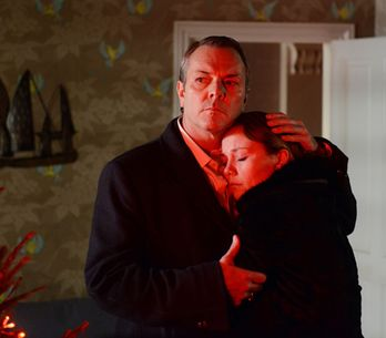 EastEnders 20/12 – Janine confesses the truth to David