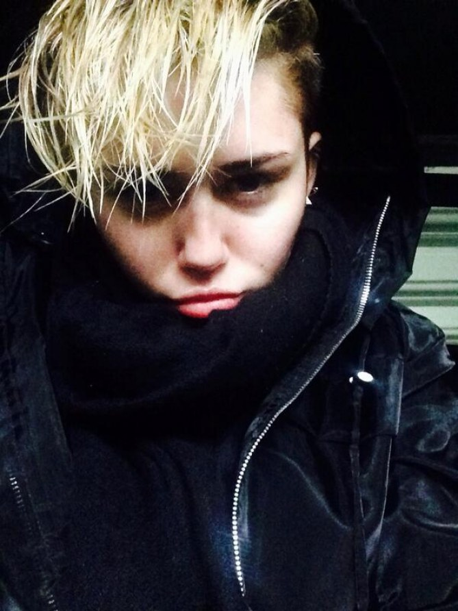 Miley Cyrus : Elle change de coupe de cheveux