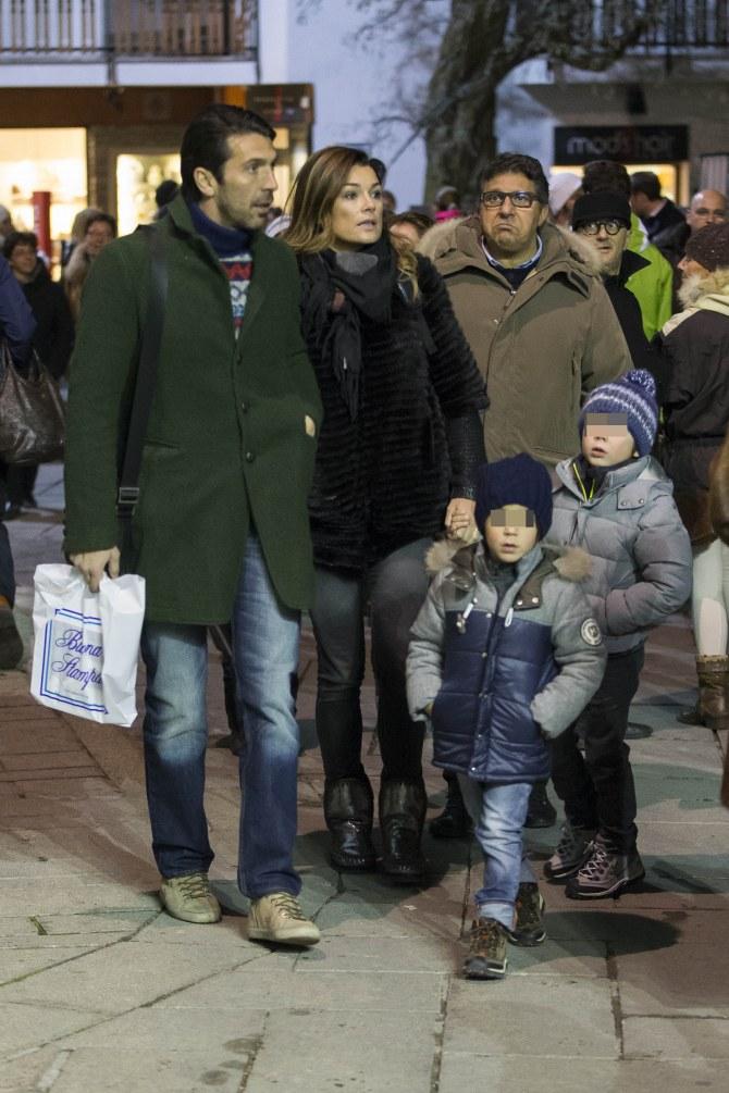 Alena Seredova e Gigi Buffon insieme ai due figli