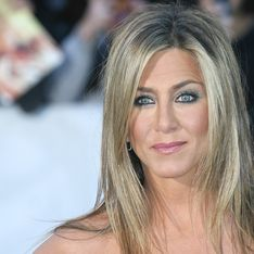Jennifer Aniston hosts star-studded A-list Christmas party
