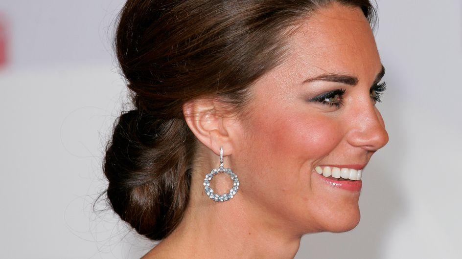 Kate Middleton : Comment réaliser son chignon sophistiqué ? (Tutoriel)