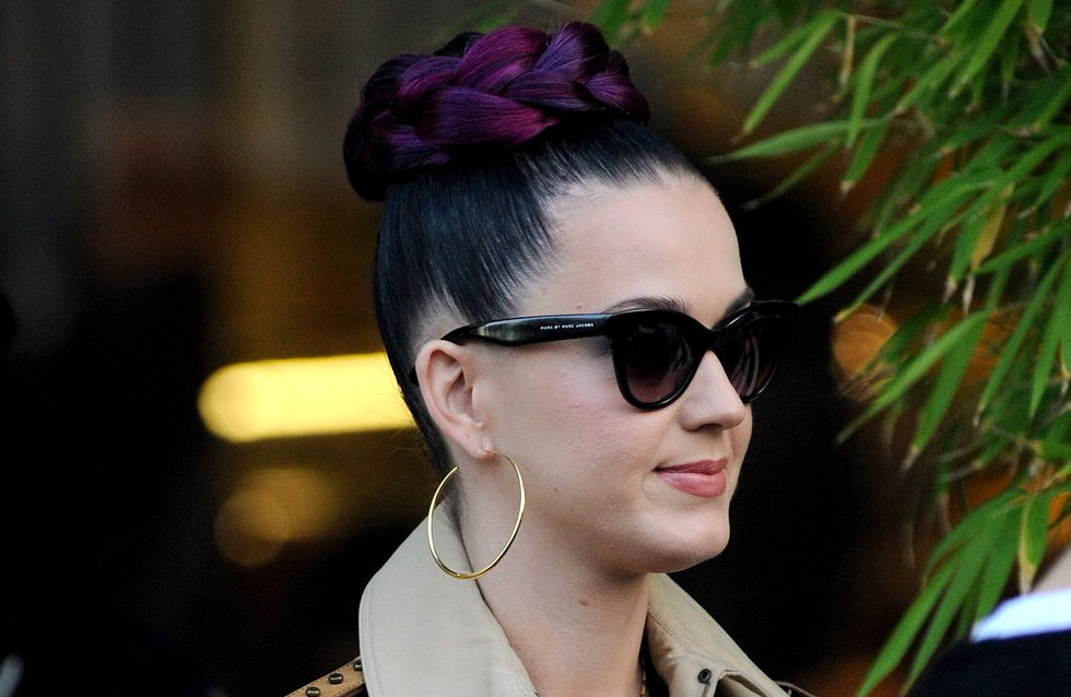 Katy Perry : Son chignon tressé XXL… Violet ! (Photo)