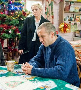 Emmerdale 27/12 – Sam is questioned about the fire
