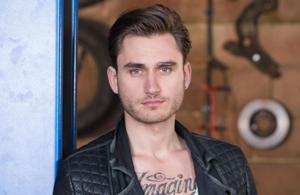 Hollyoaks 23/12 – Freddie is suspicious about Fraser