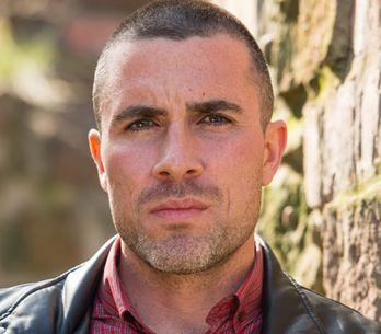 Hollyoaks 27/12 – Trevor's plan is interrupted