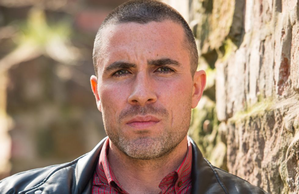 Hollyoaks 27/12 – Trevor's plan is interrupted