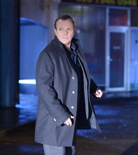 EastEnders 25/12 – Janine wants David dead