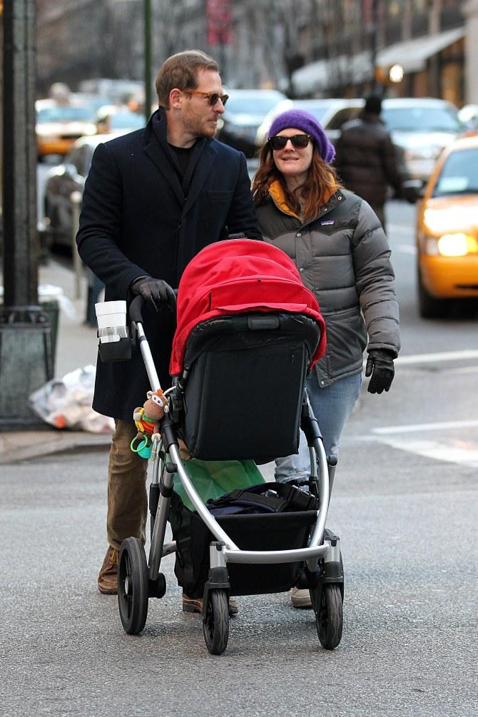 Drew Barrymore e Will Kopelman insieme alla loro prima figlia