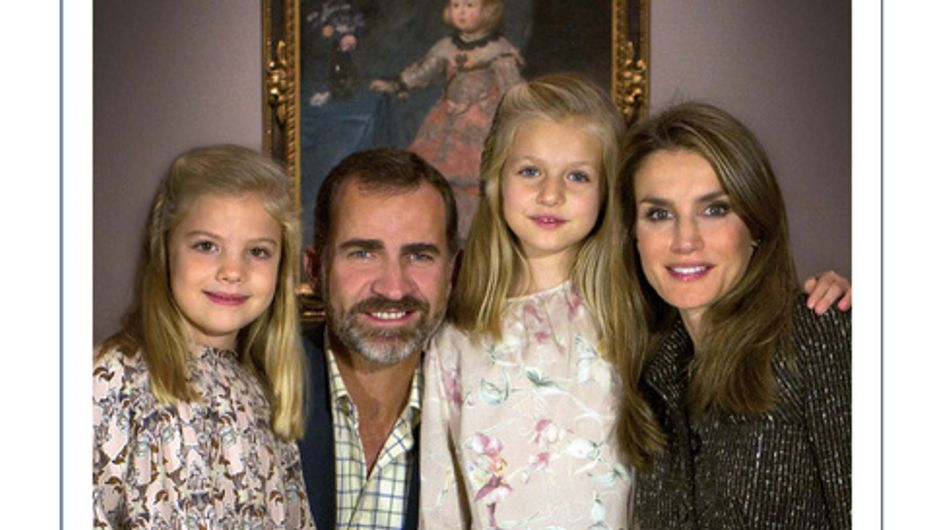Los Reyes y los príncipes felicitan la Navidad
