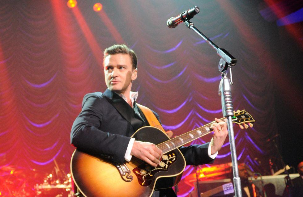 Justin Timberlake : Il aide un fan à faire sa demande en mariage en plein concert (vidéo)