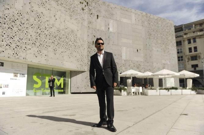 Juan Antonio Bayona en la entrega del Premio Nacional de Cinematografía en San Sebastián.