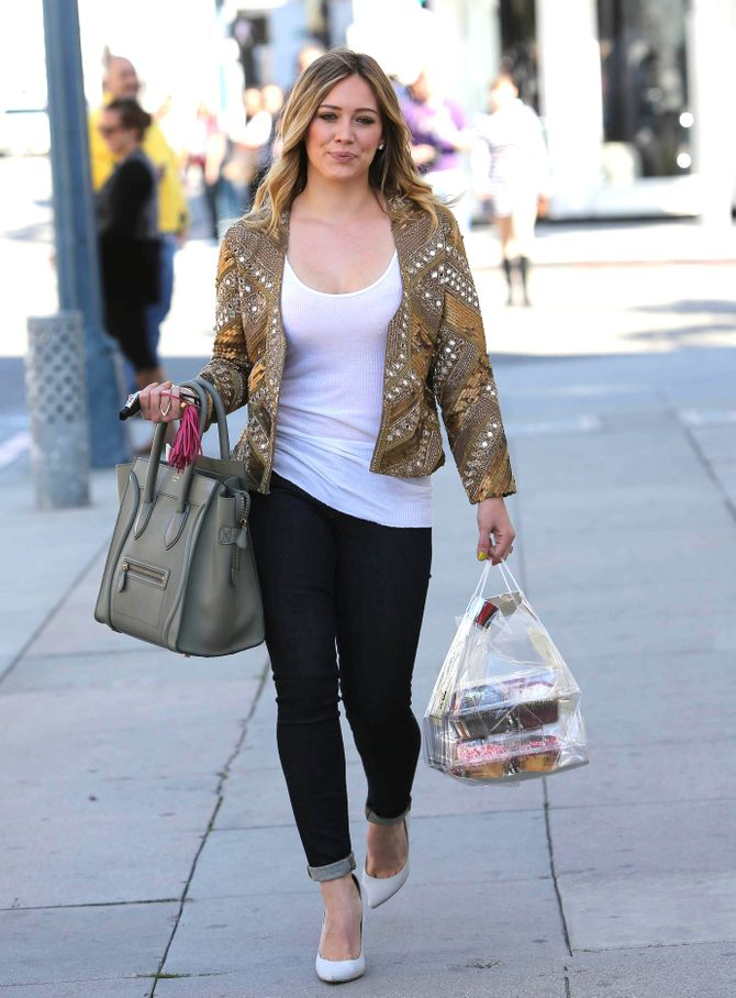 Hilary Duff engage une styliste !