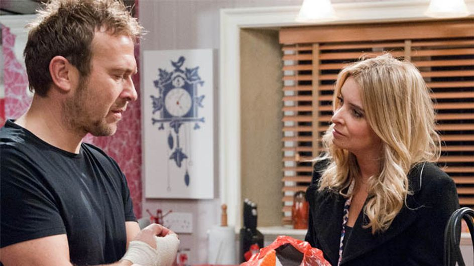 Emmerdale 03/01 – Charity and Declan trap Sam