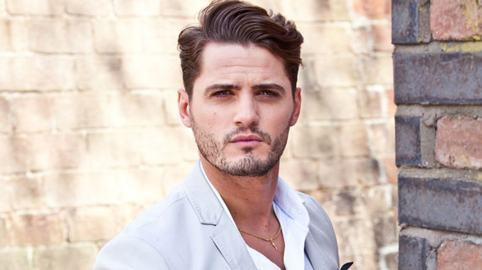 Hollyoaks 01/01 – Ziggy desperately tries to save Ruby