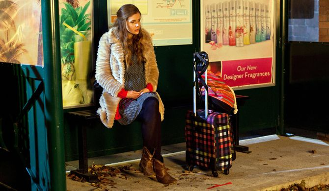 Chloe decides there's nothing left for her in Hollyoaks
