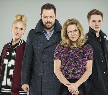 EastEnders 02/01 – The Carter's fight about Nancy's boyfriend