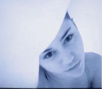 Miley Cyrus : Un clip ou une sex-tape ? (Photos et Vidéo)