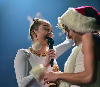 Foto/Miley Cyrus hot a Natale