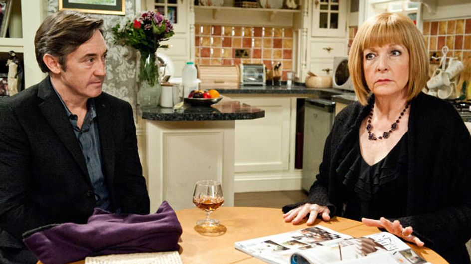Emmerdale 06/01 –Val's past comes back to haunt her