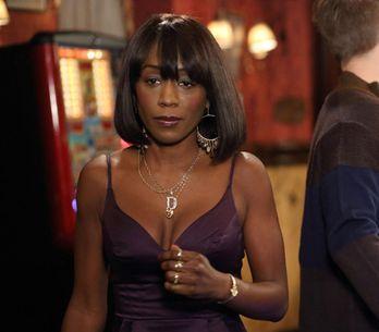 Eastenders 09/01 – Ian knocks Denise's confidence