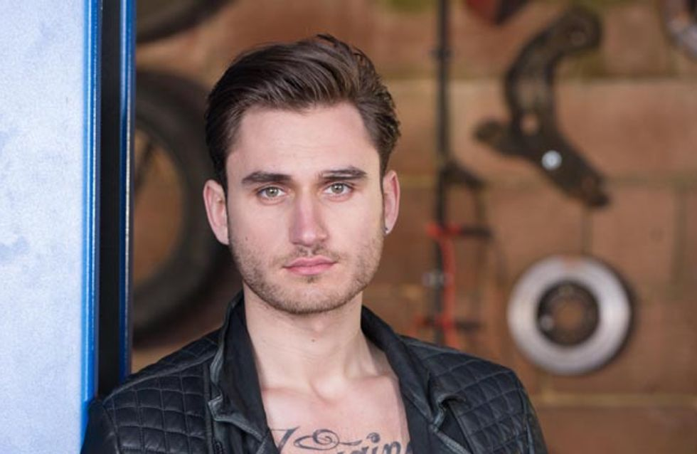 Hollyoaks 06/01 – Fraser tries to buy off Freddie