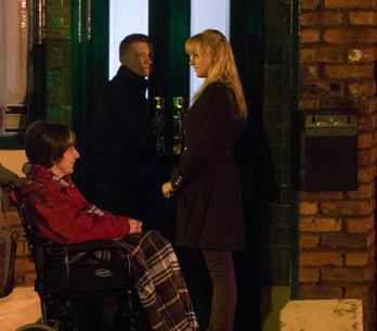Coronation Street 17/01 – Hayley begins to say goodbye