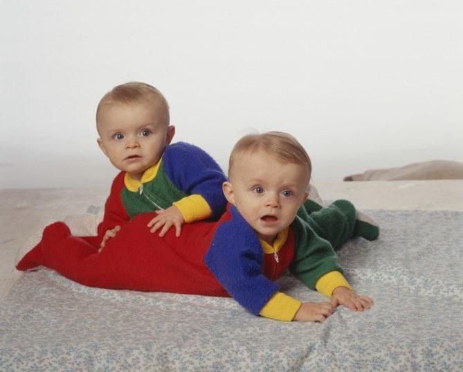 Des jumeaux naissent à une année d'intervalle