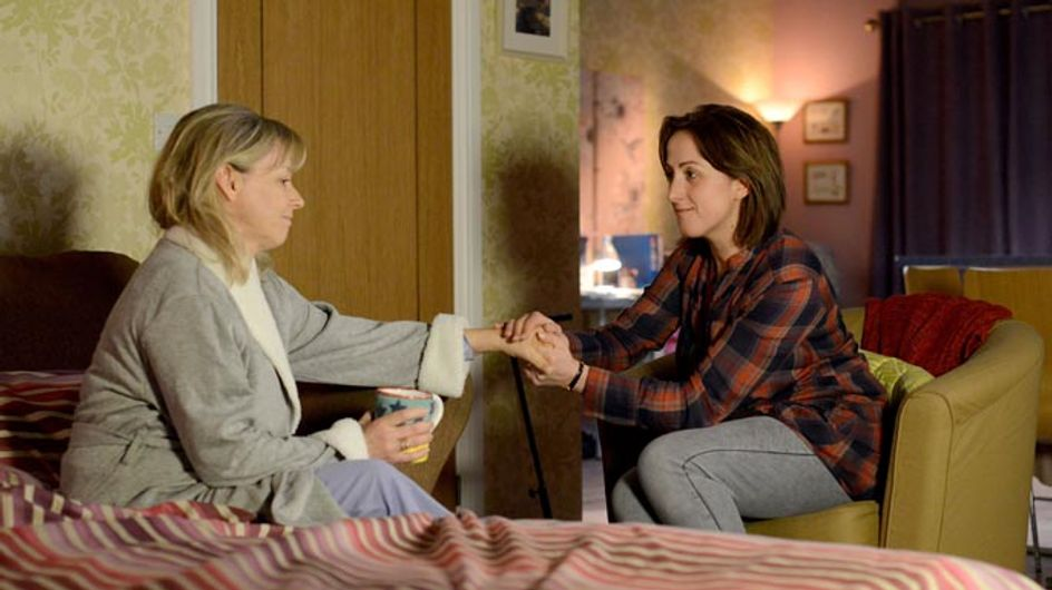 Eastenders 15/01 – Carol confides in Sonia