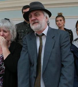 Emmerdale 14/01 –The Dingles try to deal with Sam's arrest