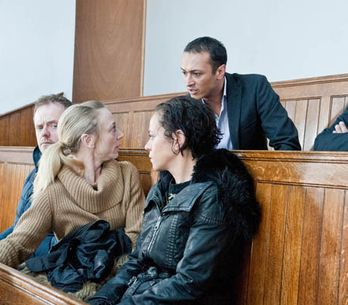 Emmerdale 21/01 – It is the day of Rachel's court case and tensions are running high