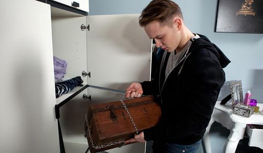 Jason finds Patrick's secret box