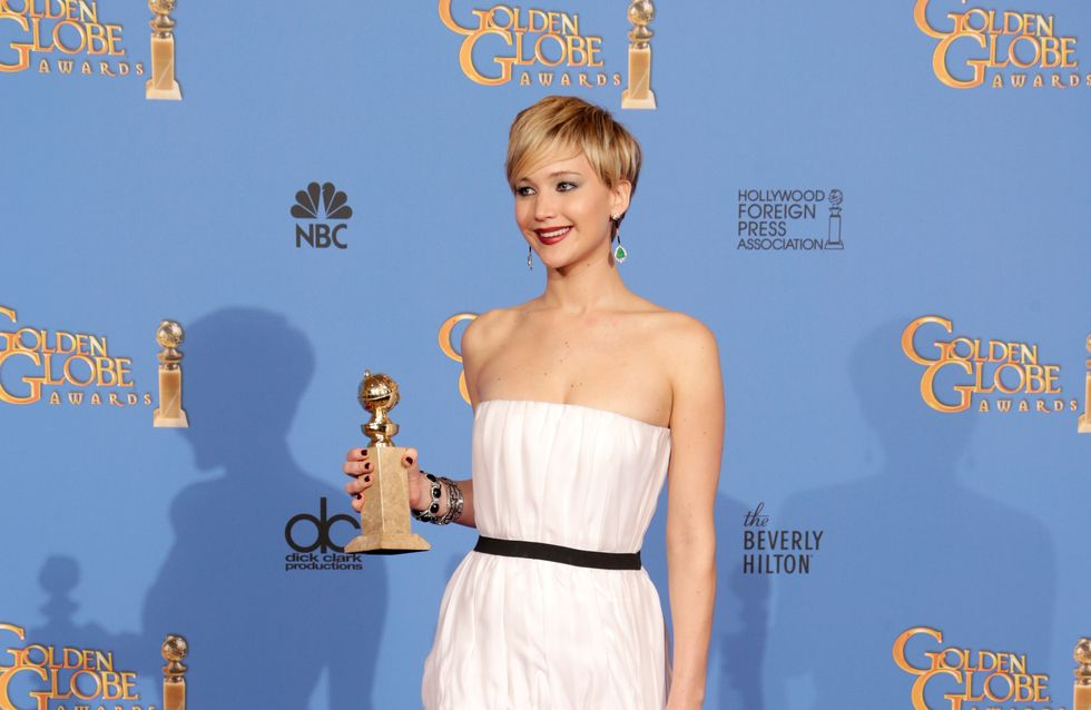 Golden Globes 2014 : Jennifer Lawrence éblouissante dans sa robe Dior (Photos)