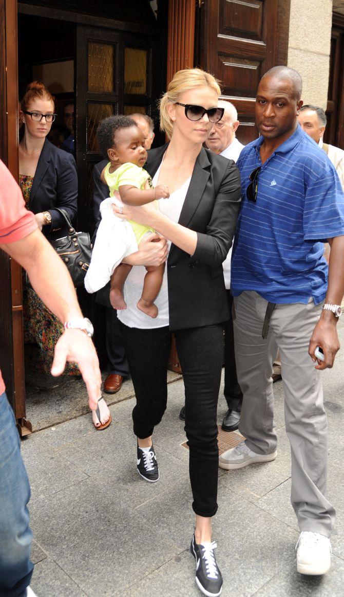 Charlize Theron et son fils Jackson