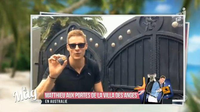 Matthieu Delormeau devant la villa des Anges