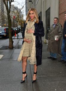 Ciara est enceinte