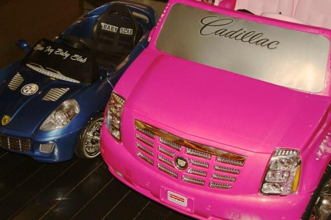 La Cadillac et la Ferrari de Blue Ivy