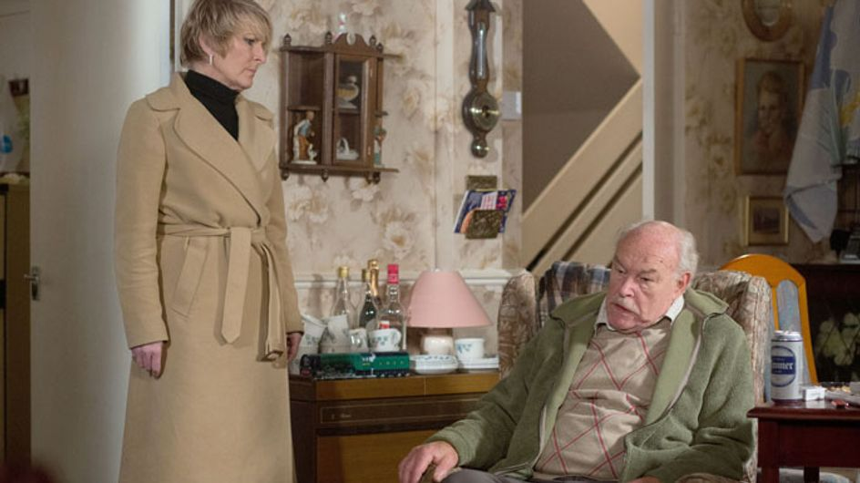 Eastenders 27/01 – Shirley is nervous to see her father