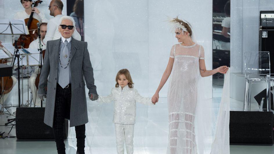 Karl Lagerfeld critica Hollande