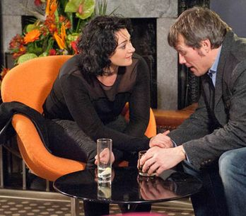 Emmerdale 07/02 – James tries to spend time alone with Moira