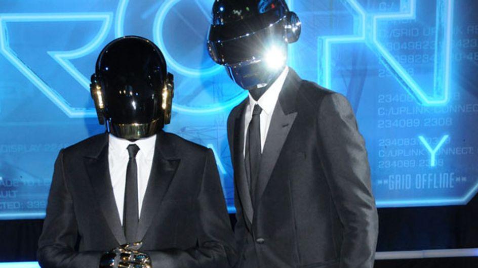 Grammy Awards : Daft Punk, rois de la cérémonie (Vidéo)