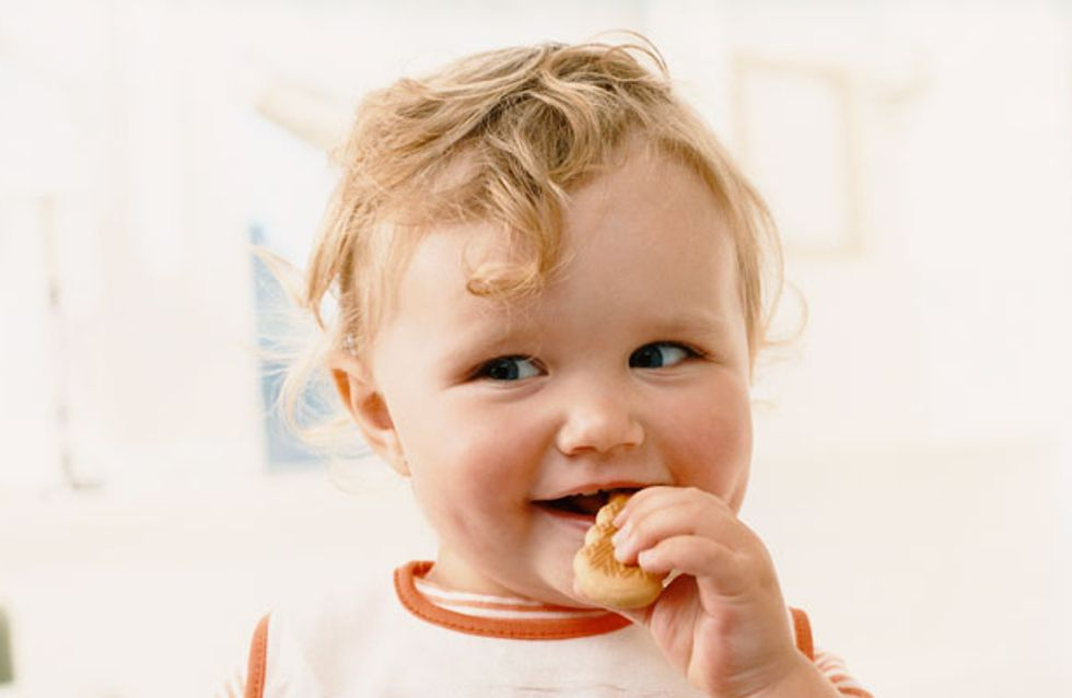 From Boob To Food: What To Expect When Weaning Your Baby