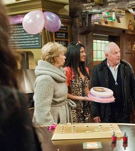 Emmerdale 19/02 – Val's surprise party is a shocker