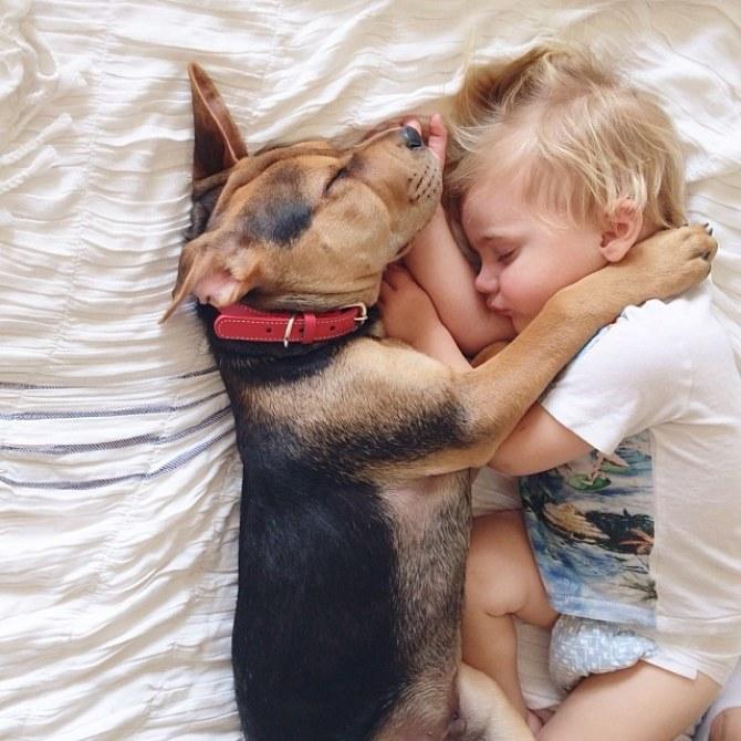Durmiendo juntos en la cama